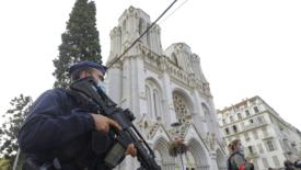 L'attentato di Nizza, Macron e la trappola delle vignette