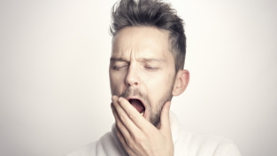 Come vincere l'insonnia in tempi di pandemia