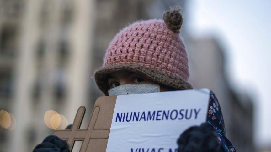 """La violenza non è mai giustificabile: """"Tu non meriti questa sofferenza"""""""