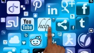 La grande influenza dei social media su comportamenti politici e democrazie