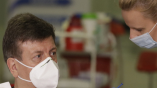 Vaccini per il Covid, sperimentata efficacia fino al 100%