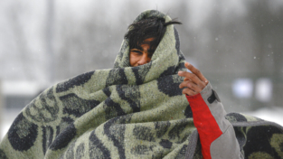 Migranti al gelo sulla rotta balcanica, fermare la catastrofe umanitaria