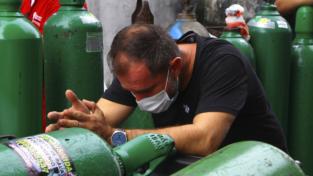 Brasile, in Amazzonia manca l'ossigeno per i malati Covid