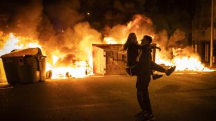 Spagna, sesta serata consecutiva di proteste per l'arresto del rapper Pablo Hasél