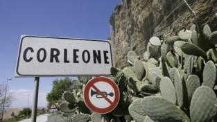 Corleone, un rogo e la speranza di rinascita