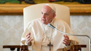 Abusi sessuali, papa Francesco: È il momento della vergogna