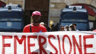 Lavoro servile e diritti umani, il compito del diritto