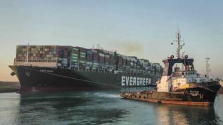 Chi ha sbloccato il Canale di Suez?