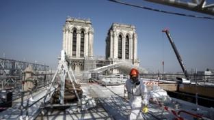 Parigi, la cattedrale di Notre Dame riaprirà nel 2024