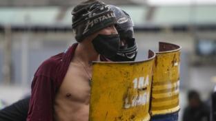 Continuano le proteste in Colombia