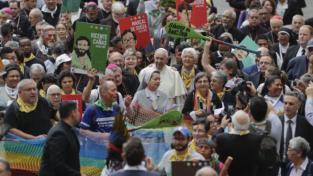 Terra casa lavoro, Francesco e i movimenti popolari