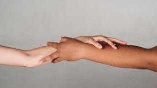 Solidarietà internazionale e diritti umani: la sfida dell'universalità