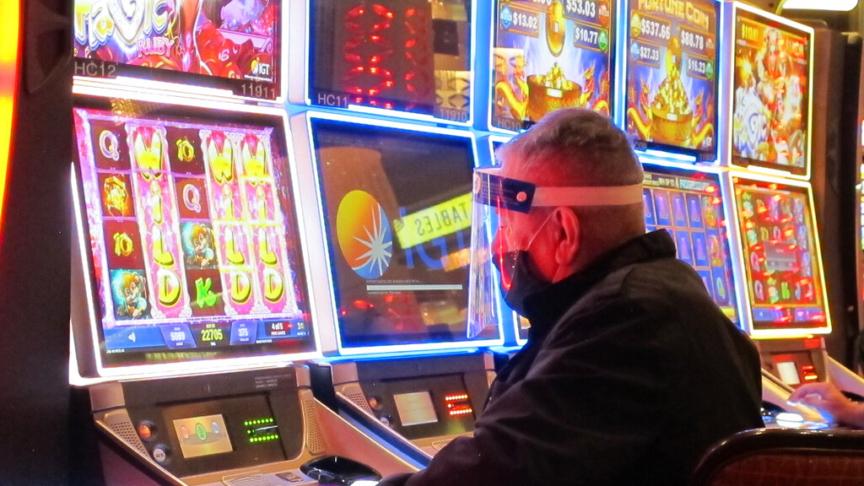 L'azzardo e il dio del ludocapitalismo