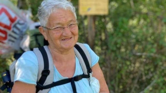Nonna Giuliana, in cammino per aiutare i centri antiviolenza