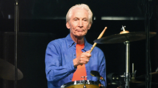 Addio a Charlie Watts, batterista dei Rolling Stones