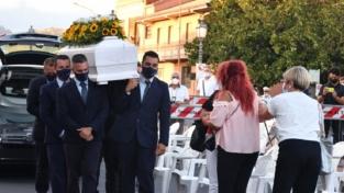 L'ultimo saluto a Vanessa Zappalà