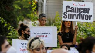 In Libano scarseggiano medicinali e carburante