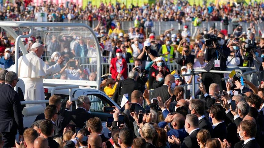 Papa Francesco: la croce cammino sicuro per ogni cristiano